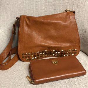 Auth Tory Burch Studded Crossbody & Shoulder Bag